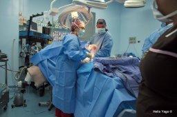 Equipo médico trabajando